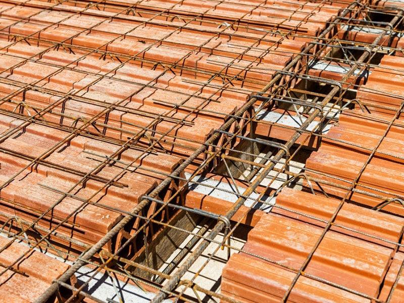 تصویر اجرای آرماتور حرارتی در سقف تیرچه بلوک