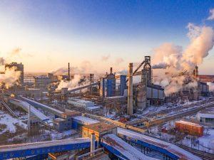 شاخصههای مقایسهای دو کارخانه آذر فولاد امین و فولاد آذربایجان میانه