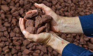 ترکیبات سنگ آهن | روش استخراج و تبدیل آن به فولاد